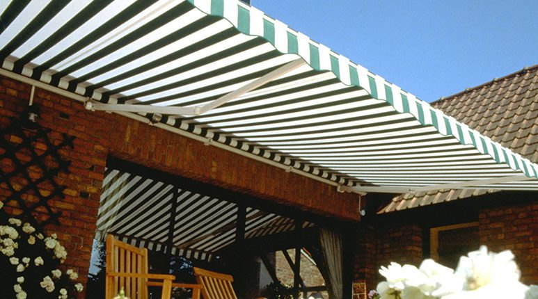 Store de terrasse Maxi design de France Fermetures