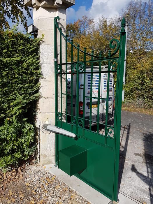 Portail Acier sur mesure, Vineuil Saint Firmin, Oise
