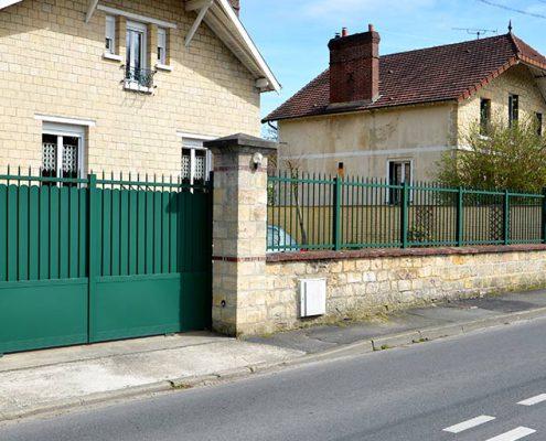 Portail-aluminium-coulissant-motorise-orry-la-ville