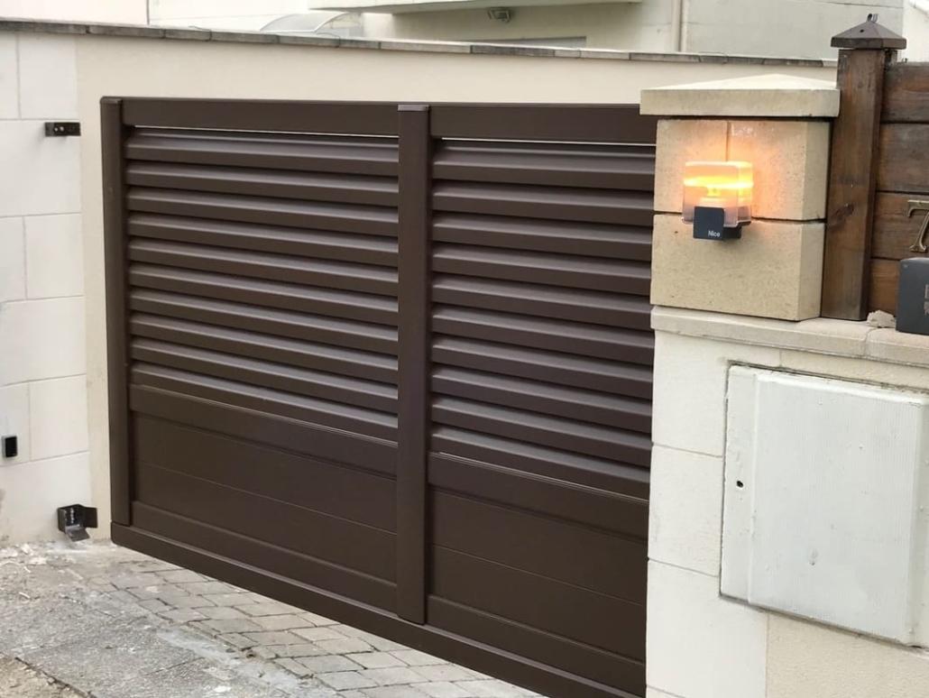 Portail Aluminium autoporté, Chantilly, Oise
