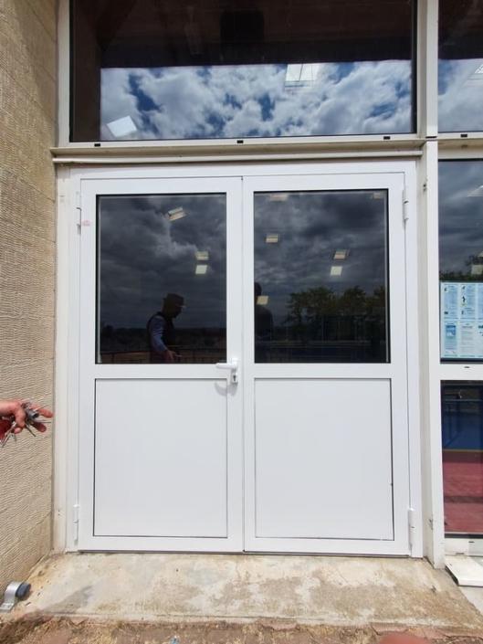 Porte Acier - Entree Gymnase Creil Oise