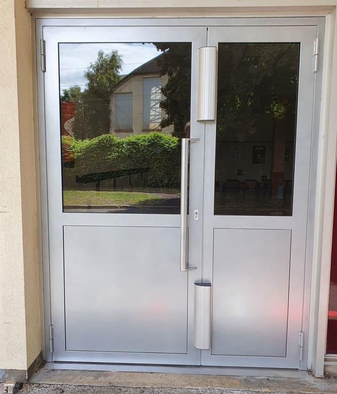 Porte acier vitrée - Saint Leu d'Esserent, Oise