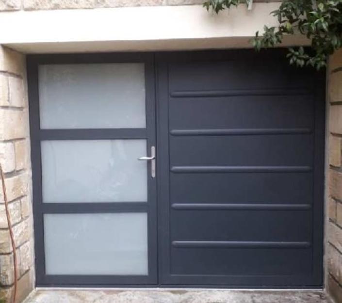 Porte de garage, Lamorlaye, Oise